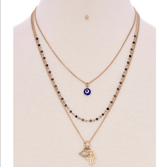 Jewelry - Hamsa Pendant Necklace
